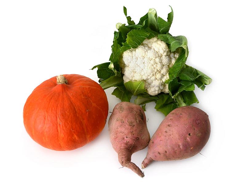 Herbstgemüse: Kürbis, Süßkartoffeln und Blumenkohl