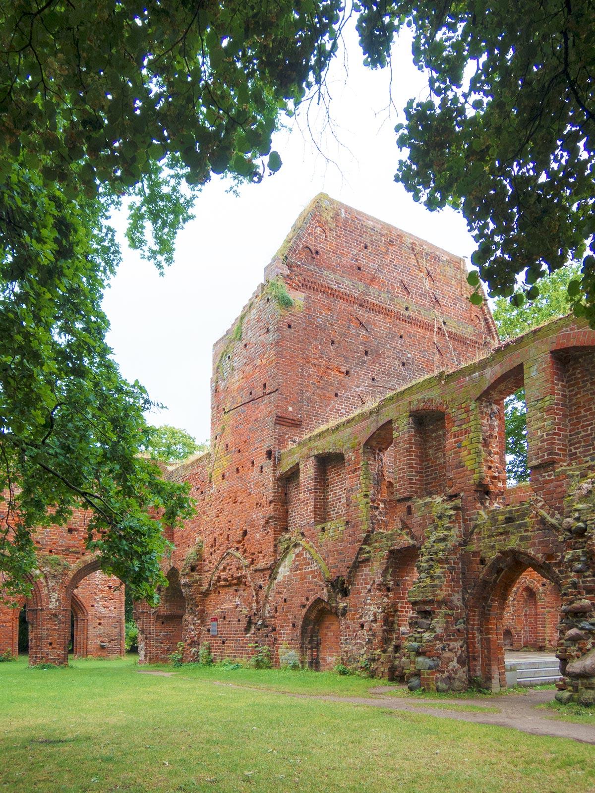 Eldena: Klosterruine