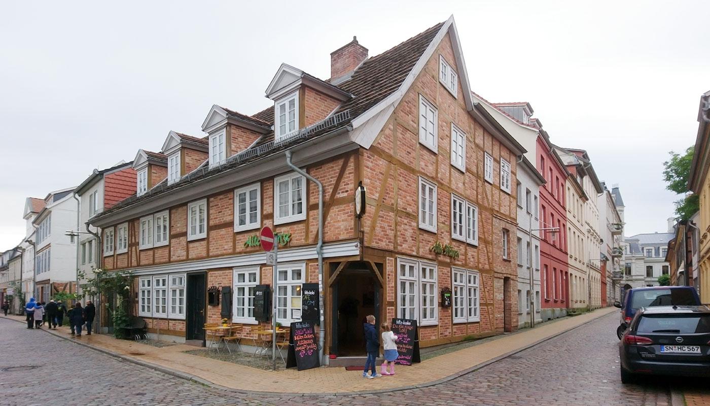 Alte Münze Schwerin – Café Lom (Eingang)