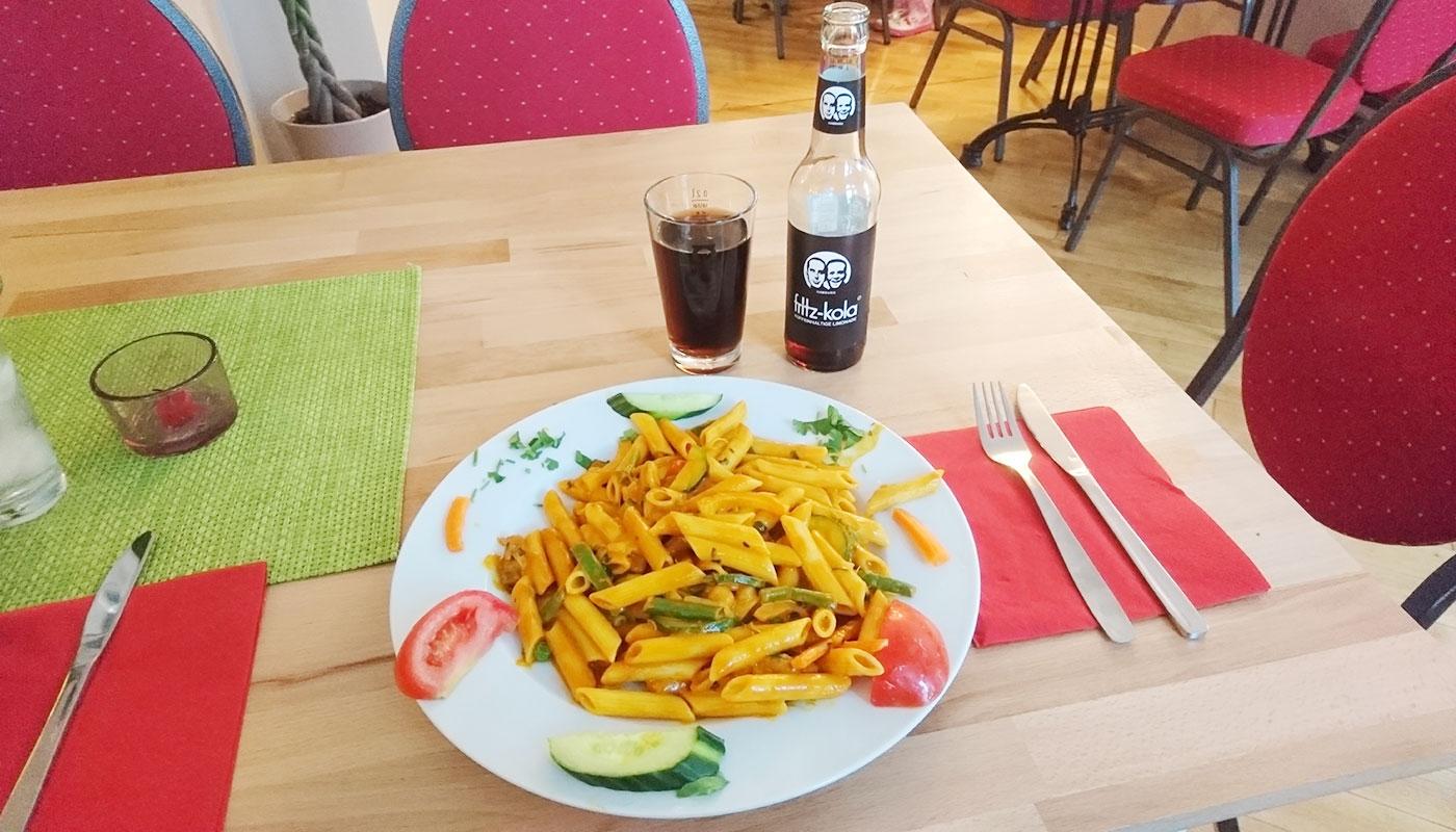 Alte Münze Schwerin – Café Lom (Nudelpfanne mit Gemüse)