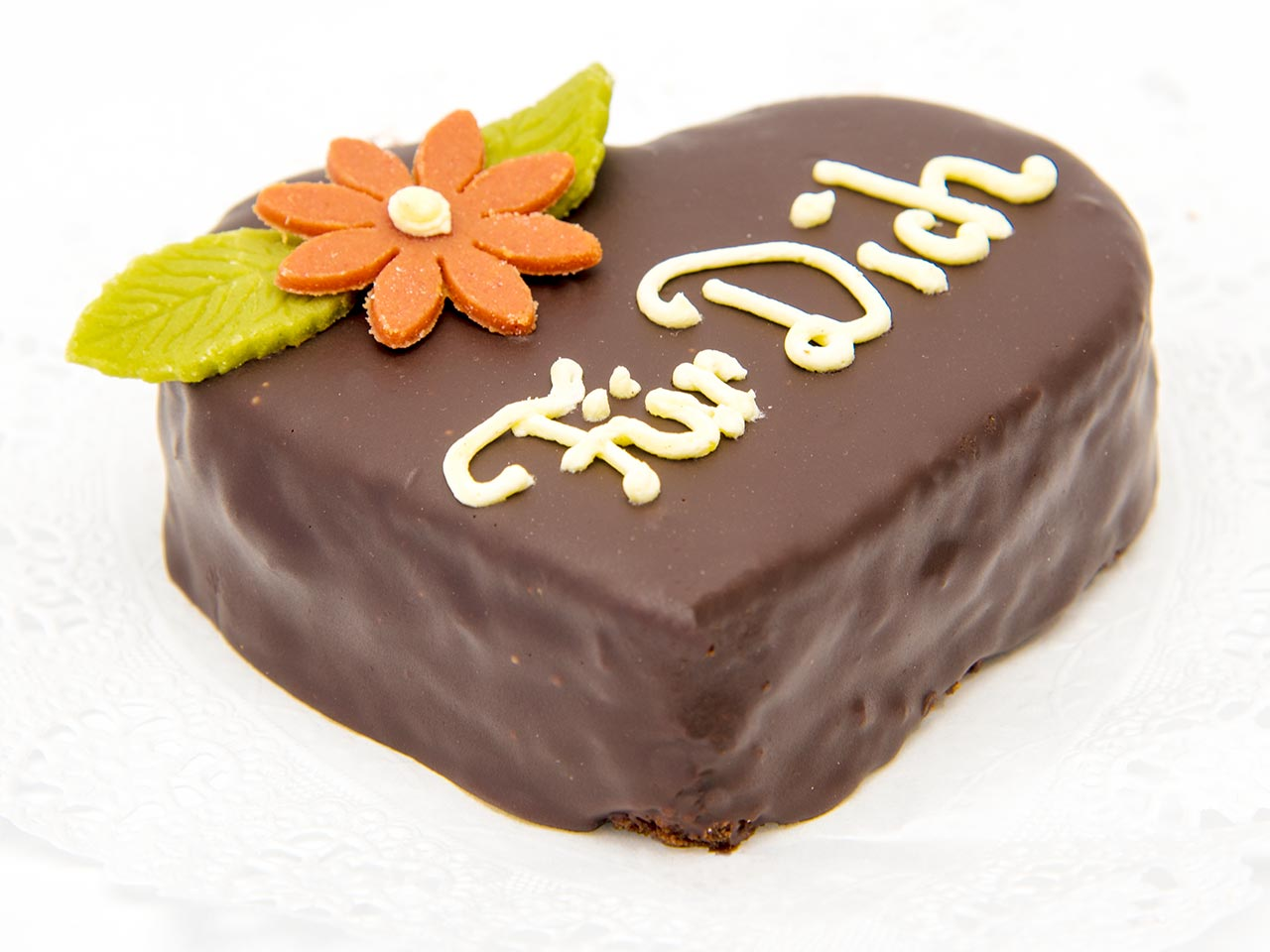 """Valentinstag: Herz-Torte mit Blume """"Für Dich"""""""
