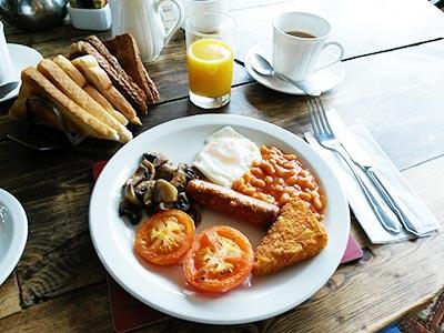 """Englisches Frühstück im """"The Lenchford Inn"""""""