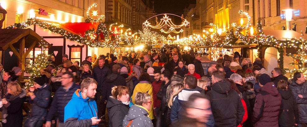 Schweriner Weihnachtsmarkt 2018 ☆ Der Stern im Norden ☆